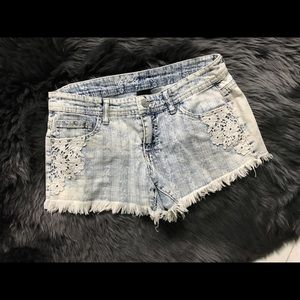 Mossimo low rise jean shorts with floral lace